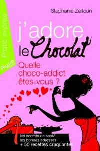 Mais qui sont les fanas de chocolat ? Le test proposé en début d'ouvrage nous révèle le profil type de la choco-addict. A partir de là, tous les bienfaits du chocolat sur la santé nous sont dévoilés, avec la juste dose journalière à croquer, des recettes, adresses etc..