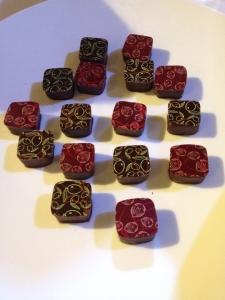 chocos carrés rouge