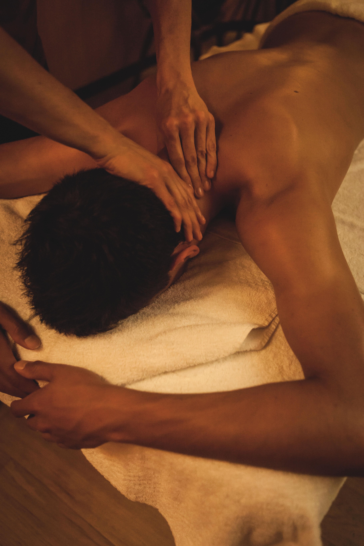 WELEDA_massage sportif en cabine 2016