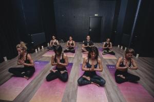 yoga yuj